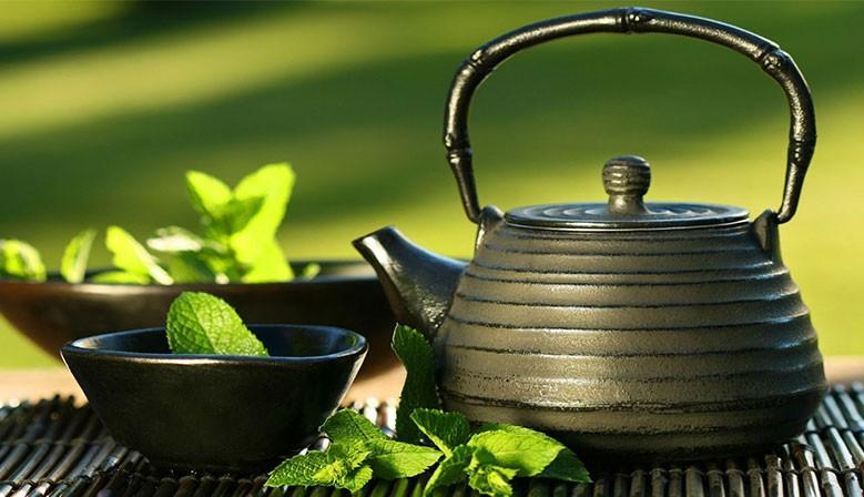 Le Pouvoir du thé d'asie sur votre ligne